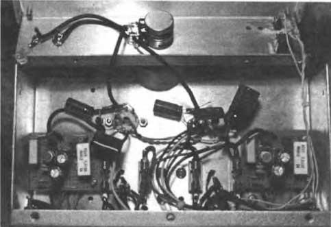 О лампо-поле-биполярно-микросхемном УМЗЧ